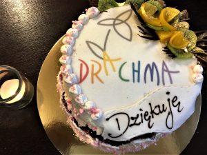 Koniec stażu Wiktorii - tort od niej dla zespołu Drachmy
